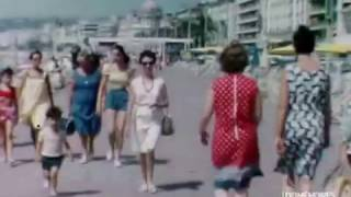 A Nice sur la Promenade des Anglais en 1960