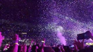Every Teardrop is a Waterfall by Coldplay Live at Singapore National Stadium 31 March 2017