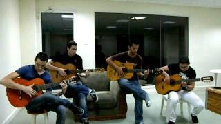 Amigos e Guitaras Band In Bahrain -Passion - Gipsy Kings.AVI