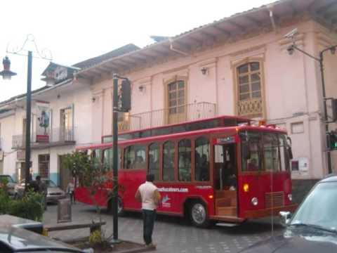 "BUS TURISCO EN CUENCA ""FERROBUS"""