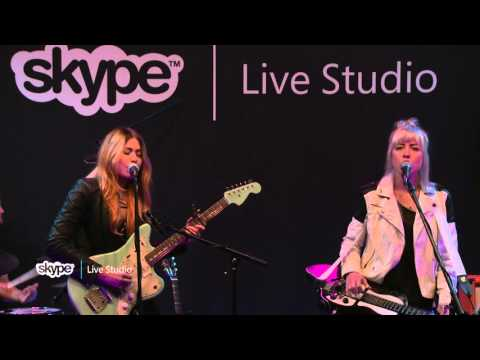 larkin-poe-when-god-closes-a-door-1019-kink-skype-live-studio