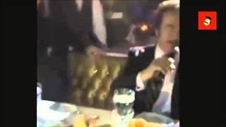 Orhan Gencebay'dan Hülya Avşar'ın Poposuna Tokat