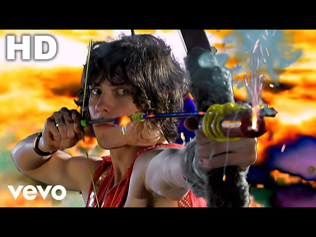 Videoclip oficial de 'Time To Pretend', de MGMT.