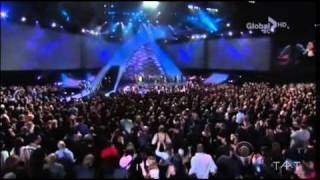 Queen Latifah - Live @ People's Choice Awards 2011 by TAAT