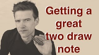 How to play a clean 2 hole draw on harmonica (Two Minute Tips #1)