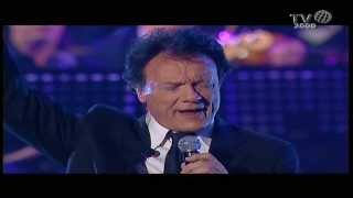 Massimo Ranieri in Perdere l'amore. Live con Orchestra 2013