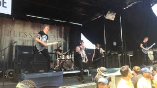 Blessthefall - Guys Like You Make Us Look Bad (Live @ Vans Warped Tour in OKC) Ft. Craig Mabbitt