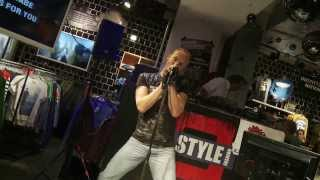 "Tom Kirschner ""Billy Idol - Rebel Yell"" beim U.Style Karaoke-Contest 2013"