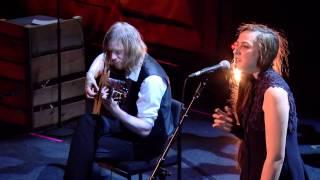 Josienne Clarke & Ben Walker - The Banks of The Sweet Primroses
