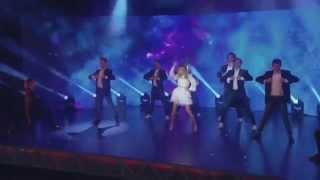 Violetta 3 - Vilu canta 'Destinada a Brillar' (Capitulo 1)