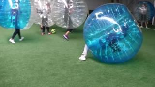 Bubble Bump Nancy Metz et la Team BIBI
