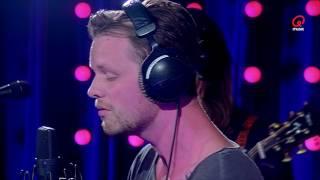 Maarten & Dorothee: Henri PFR - Flames (Live bij Q)