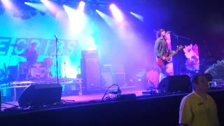 The Cribs-We Share The Same Skies (Live 29/06/13)