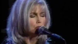Emmylou Harris - Love Hurts - Live - 1996.wmv