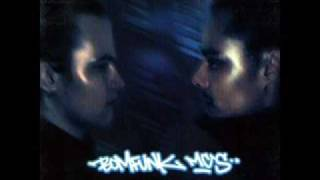 Bomfunk Mc's - Stir Up The Bass