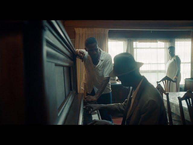 Video oficial across the room de Odesza con leon Bridges