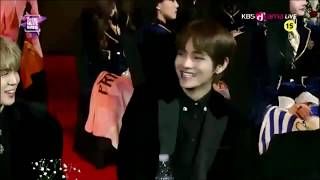 "180125 방탄소년단 (BTS) @ SMA 2018 ""Hyungik said the most handsome in the world is his man V"""