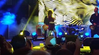 Bianca Atzei - La paura che ho di perderti (Live @ Pizza Village 2017 - Napoli) 22/06/2017