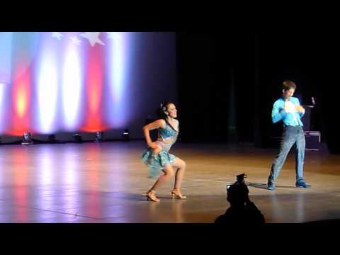 David y Michelle – 1er lugar Categoría Parejas On1 – 3er Ecuador Salsa Congress 2012