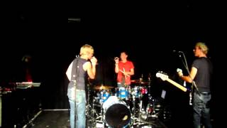 Ross Lynch and Ratliff - Aren't you that guy (live in london)