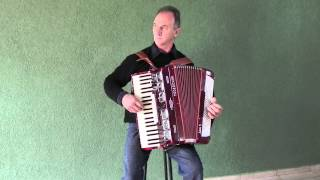 Acordeon - Helio Kavilhuka - Valsa: Lembranças (Porca Véia)