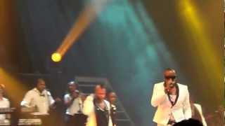 Anselmo Ralph - Ela é (live 2012)