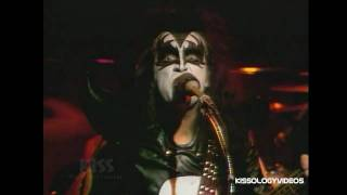 KISS - Firehouse (Live At The Mike Douglas Show) - 1974