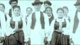 Învârtită cu strigări / Turning dance with rhythmic shouts