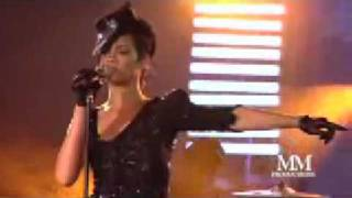 RIHANNA LIVE LIVE WITH CHRIS BROWN (LIVE AT PRE-GRAMMY AWARD)2009