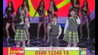 Teleton 2012 - Carrossel canta Mexe Mexe e agita Teleton