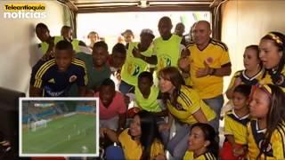 La familia Jackson Martínez, vivió con euforia el triunfo de la selección