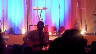 "Ian Kelly ""Take Me Home"" version acoustique"