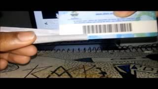 Bolando Um Cigarro de Maconha (Cannabis)  Com Cartão