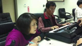 劉金水電子琴表演(12/4)---雨的旋律