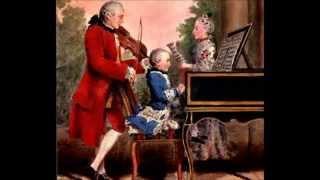 Mozart Divertimento no.2 I - II (Allegro, Menuetto and Trio)  for 2 Clarinets and a Fagotto