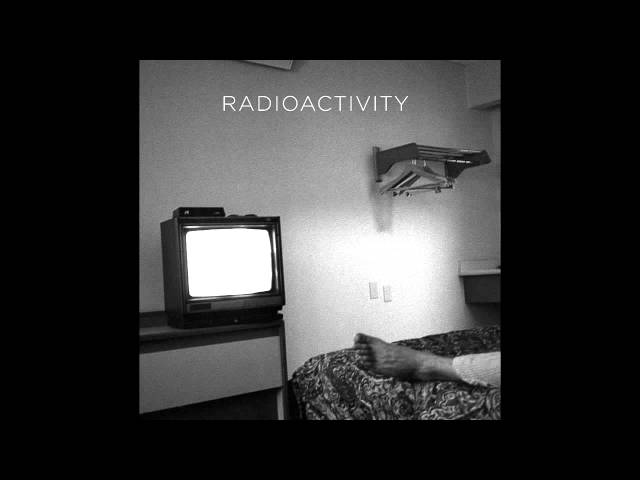 "Disco ""Silent Kill"" de Radioactivity."