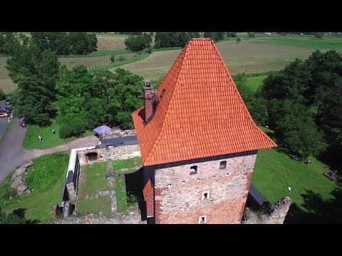 Ruiny zamku w Chudowie z powietrza: najpiękniejsze miejsca na Górnym Śląsku