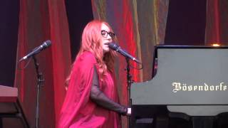 Tori Amos - Smells Like Teen Spirit (Nirvana cover) - Luhmühlen - 2015 FULL HD