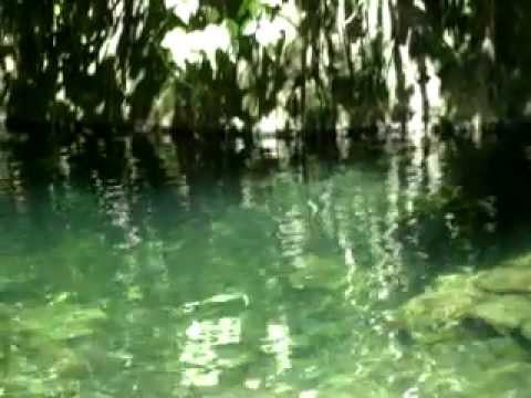 Fuente de Agua Rio La Golondrina