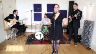 Liquid Lunch (Caro Emerald Cover acoustic) by Pillow Talk