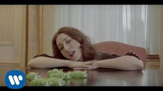"Regina Spektor - ""Don't Leave Me (Ne Me Quitte Pas)"" Official Music Video"