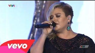Kelly Clarkson - A Moment Like This (Chung Kết Hoa Hậu Việt Nam 2014)