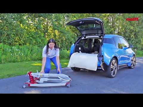 Learn how to place and transport hoist Molift Smart 150 in a car