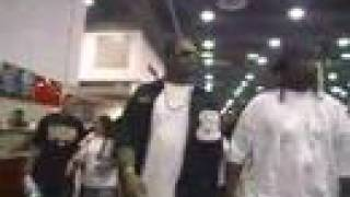 SLIM THUG gets mobbed & clothes ripped off by FANS