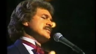 Engelbert Humperdinck(LIVE) - To All The Girls I've Loved Before