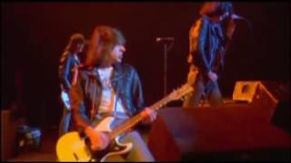 The Ramones - It's Alive (1977) - Blitzkrieg Bop