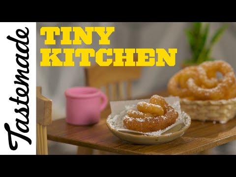 Tiny Funnel Cake l Tiny Kitchen
