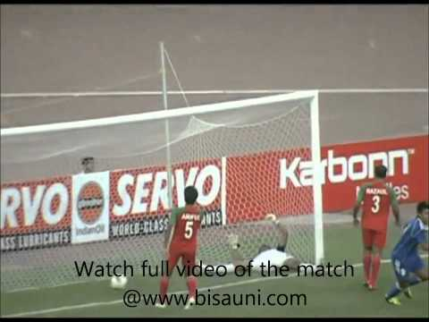 Sagar Thapa. Nepal (1-0) Bangladesh  free kick goal SAFF Championship 2011[HD].mp4