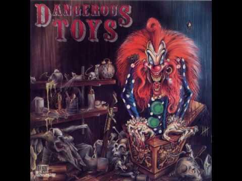 dangerous-toys-scared-metalupurhole