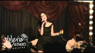 Valeria Dessens - PIENSO EN TI - Acústico - (Cover Adrianna Foster)